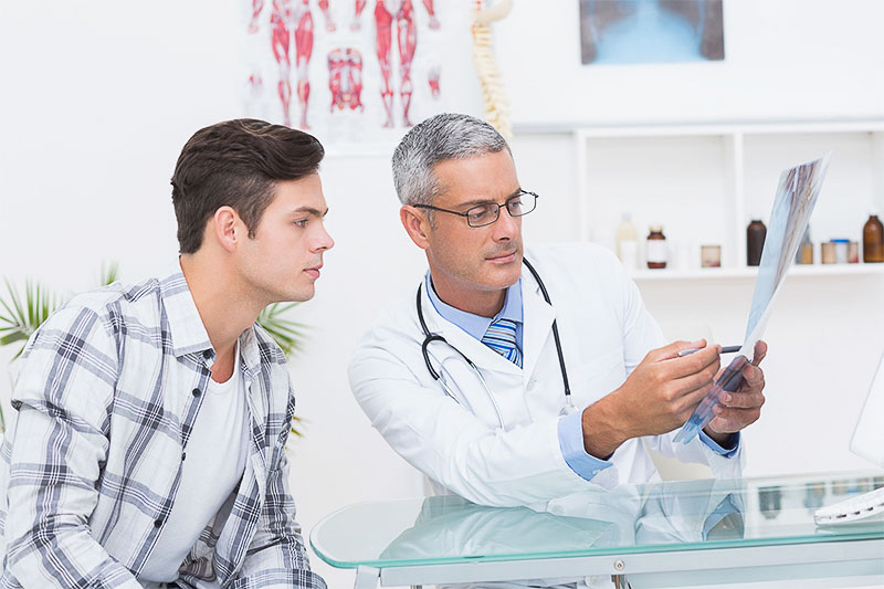 medic besmax arata rezultatele analizelor unui pacient