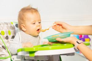 diversificarea alimentatiei 300x200 - Diversificarea alimentatiei la bebelusi